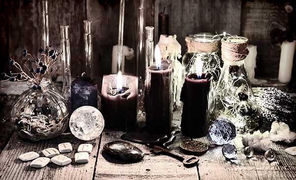 objets occultes pour rituels de réussite en magie